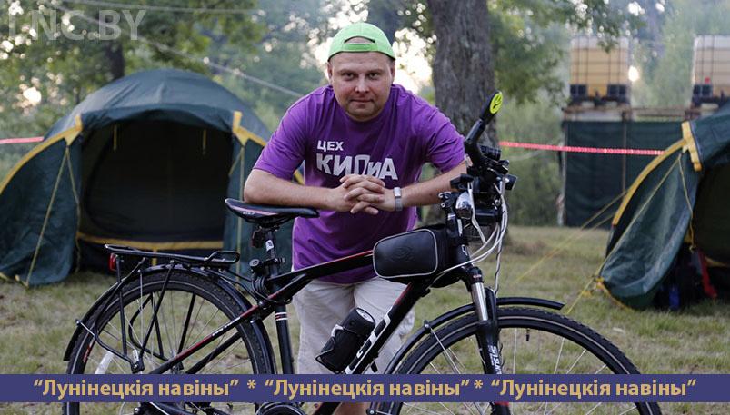 Photo of Велосипед вместо автомобиля. Как житель Микашевич проезжает 200 километров в день