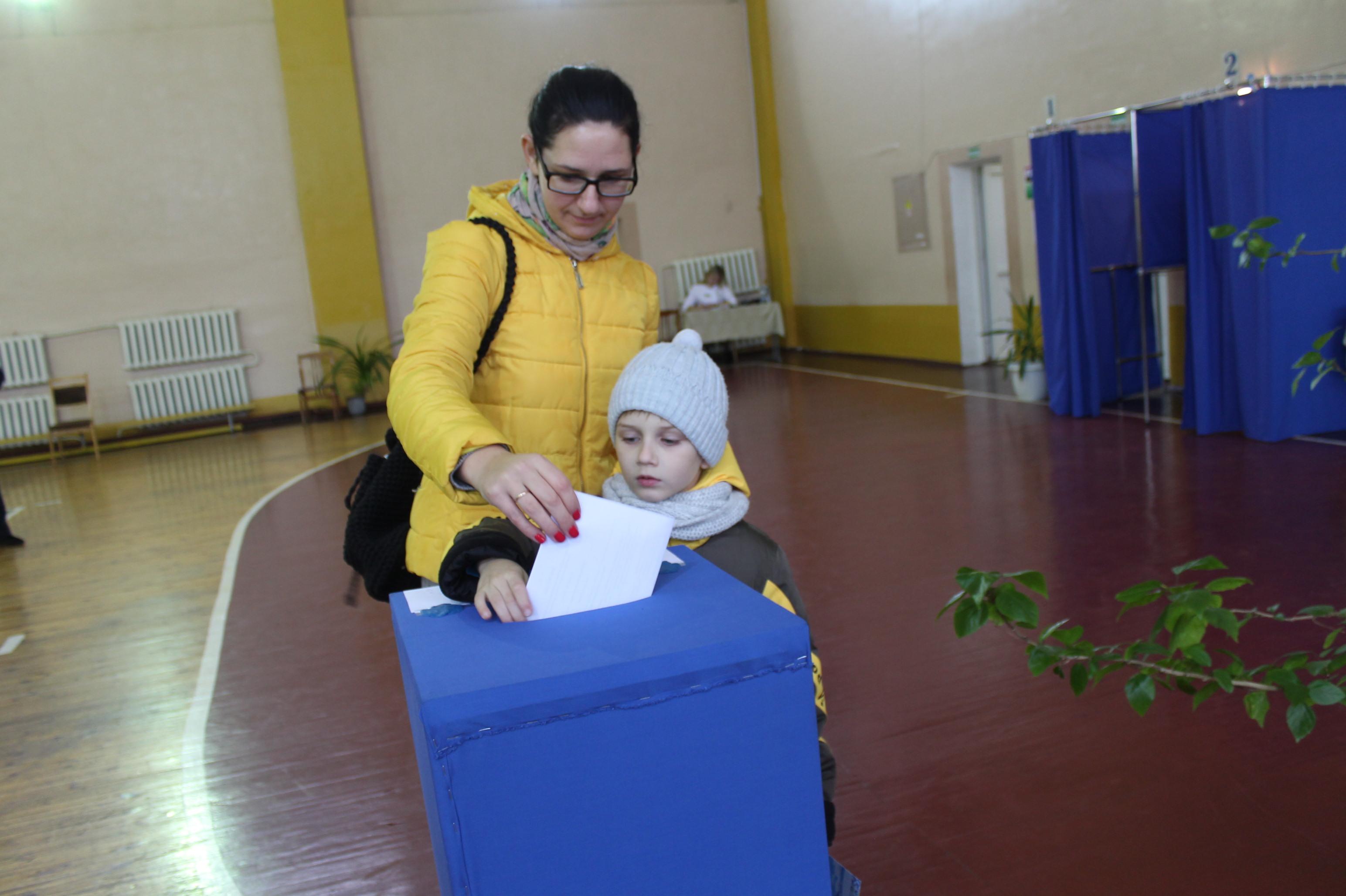 Photo of Как проходят выборы в Лунинце?