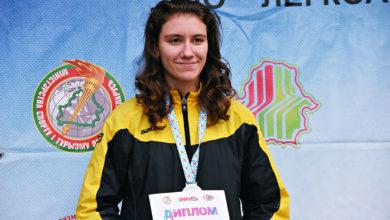 Photo of Учащаяся микашевичской гимназии завоевала серебро на чемпионате Беларуси по кроссу