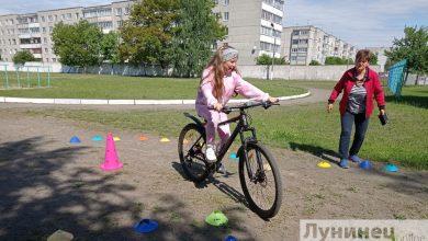 Photo of Учащиеся СШ №2 г. Микашевичи приняли участие первенстве по фигурному вождению велосипеда