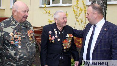 Photo of Виктор Рафалович поздравил районный совет ветеранов с наступающим Днем Победы